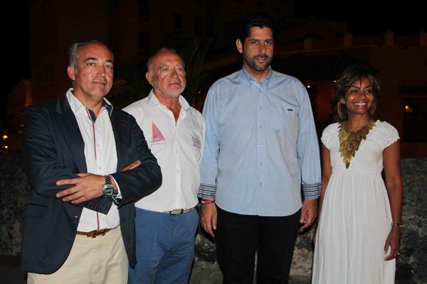 Alcalde Sr. Dionisio Velez Trujillo y Zully-web